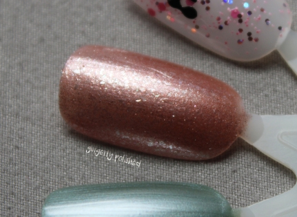 Gold N Roses-Swatch