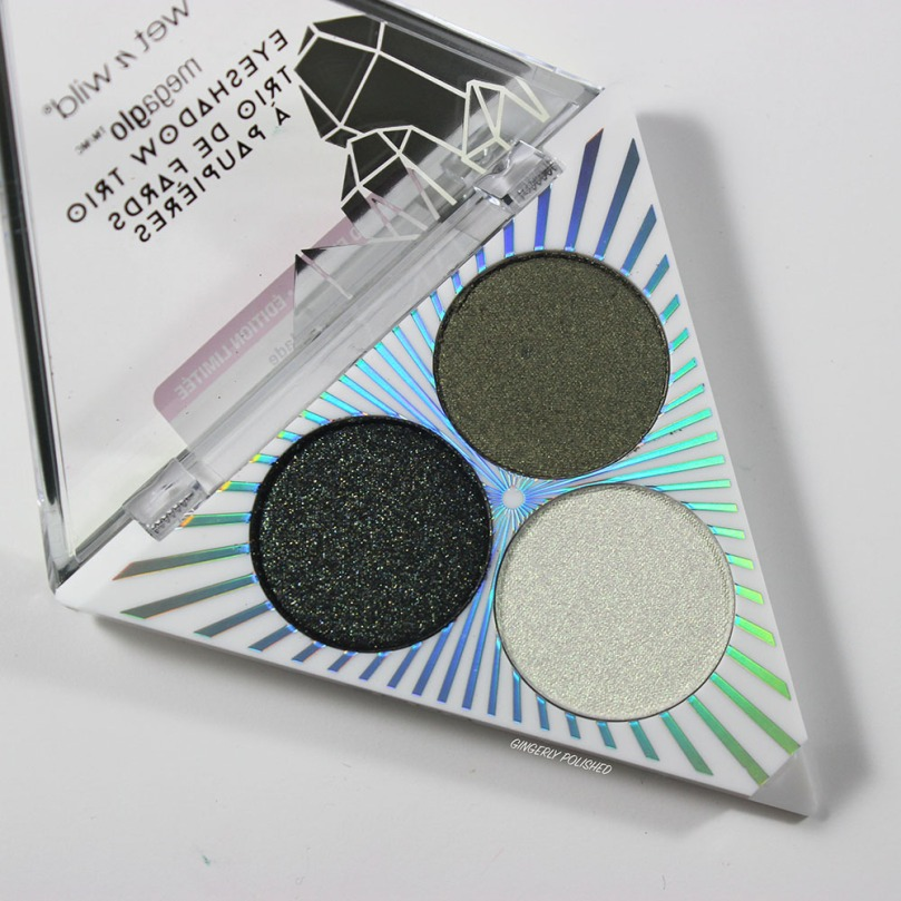 Eyeshadow-Jade-Inside